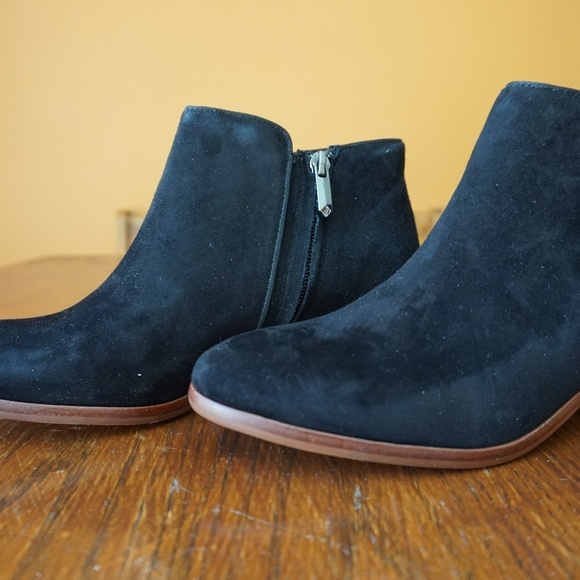 4205d093db736 NIB Sam Edelman Petty Suede Ankle Boot SZ 7.5M